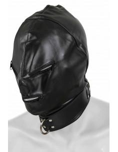 1 Masque en simili-cuir. Fermeture laçage arrière. Collier-sangle ajustable + anneau de fixation.