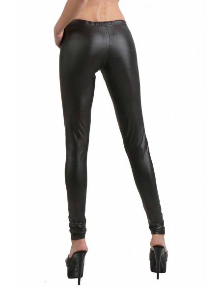 3 Pantalon slim taille basse. Ceinture élastique. Fermeture zip devant
